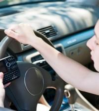 3 aplikacije uz koje više nećete imati potrebu pisati sms poruke dok vozite