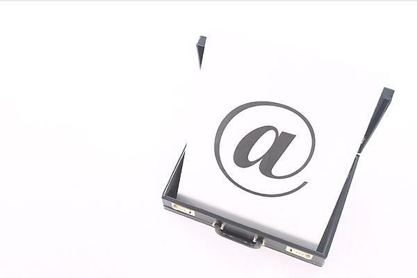 Dvije najvažnije stvari kod osvajanja cura mailom